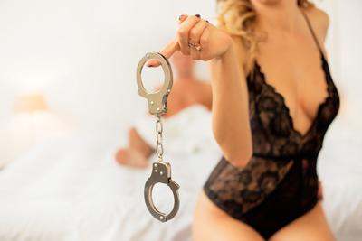 Histoire érotique : ma femme m'impose la cage de chasteté